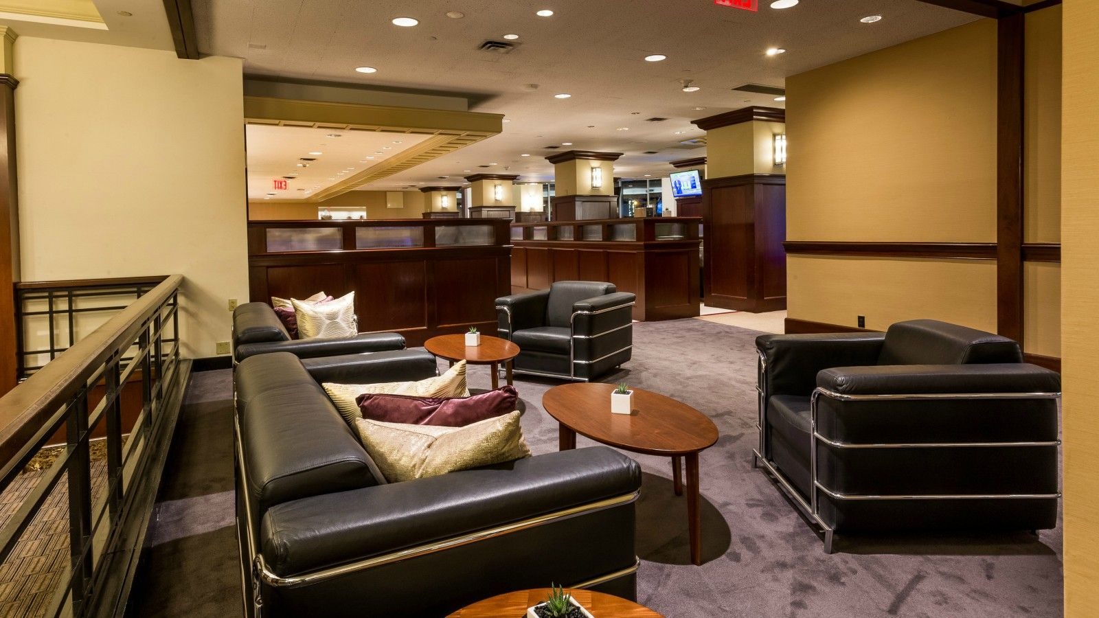 Sheraton New York Times Square Hotel Newly Renovated Club Lounge